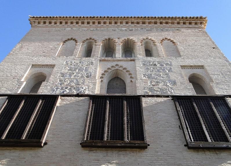 que-visitar-en-toledo-en-un-dia-Sinagoga-del-Tránsito-1