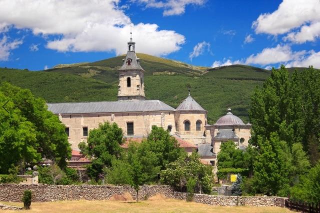 que ver cerca de madrid Monasterio de Santa María de El Paular rascafria