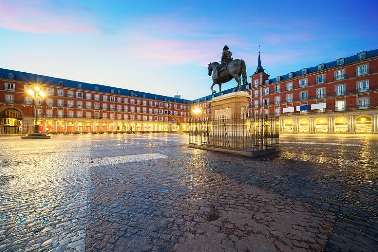 principales plazas de Madrid plaza mayor madrid