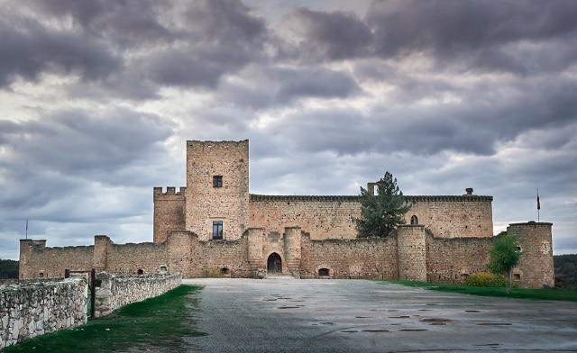 castillo de pedraza segovia